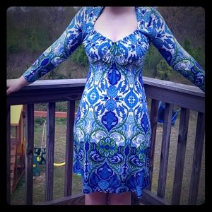Muse sz 2 blue and green fitted dress like new